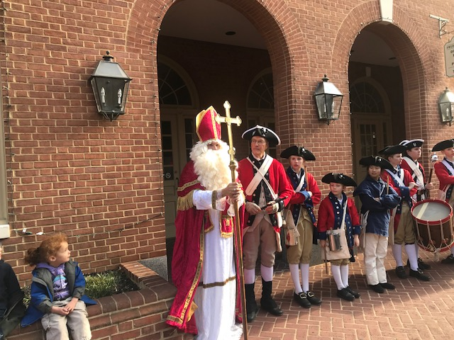 St. Nick on Market St with fife and drum corp.jpg