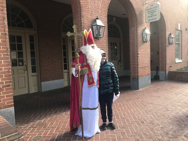 St. Nick on Market St.jpg